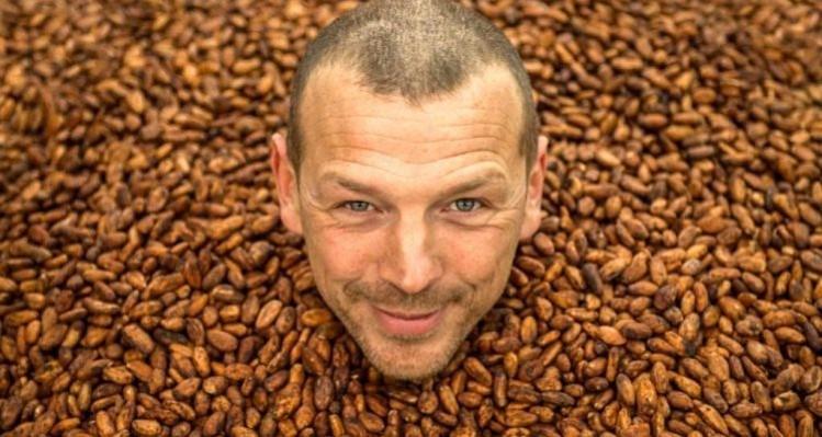 Frédéric Marr, Producteur Artisan de Qualité chez RRRAW Cacao Factory, Paris